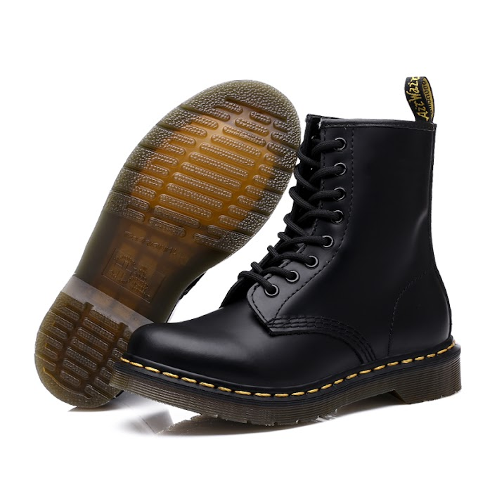 Dr. Martens Shoes Women and Men Boots UNISEX