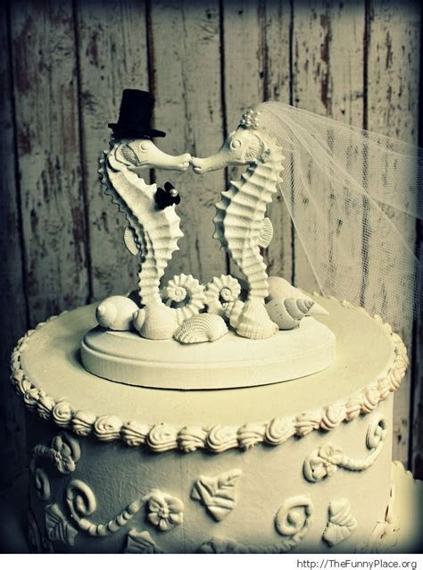 Top 10 wedding cake toppers ? TheFunnyPlace