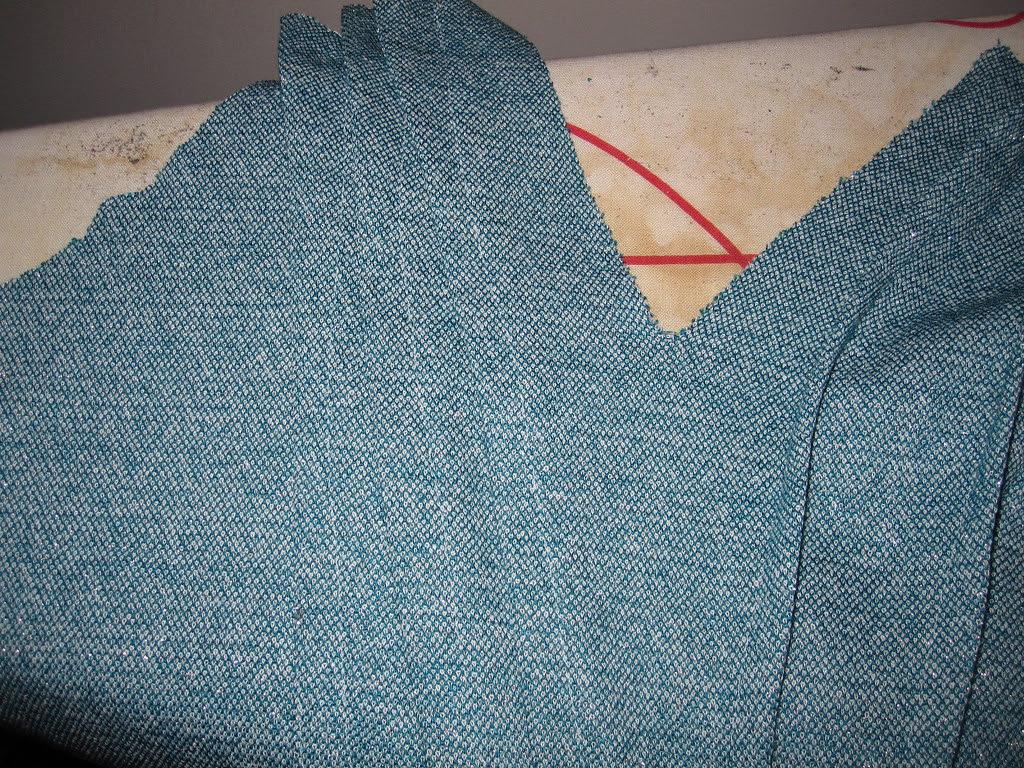 Sew Pleats Entire Bodice Length