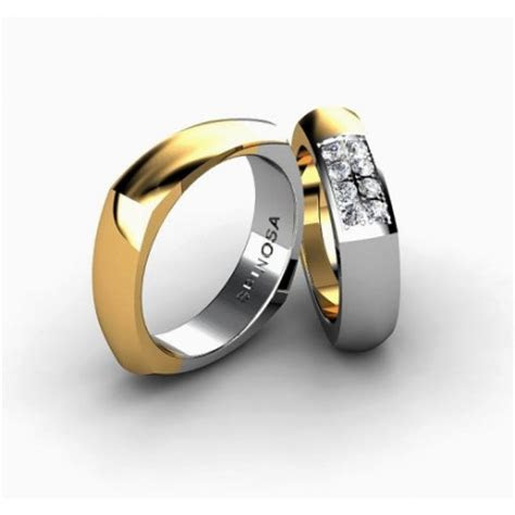 modern square shaped gold wedding ring