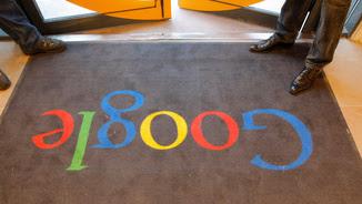 Porta de la seu de Google de París (Reuters)