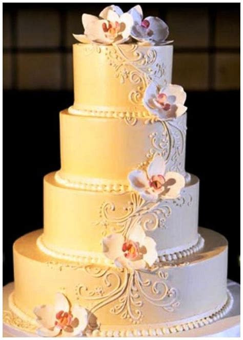 Best 25  Cheap wedding cakes ideas on Pinterest