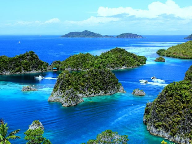 25 Ridiculously Beautiful Destinations That Most Travellers Have Never Heard of!