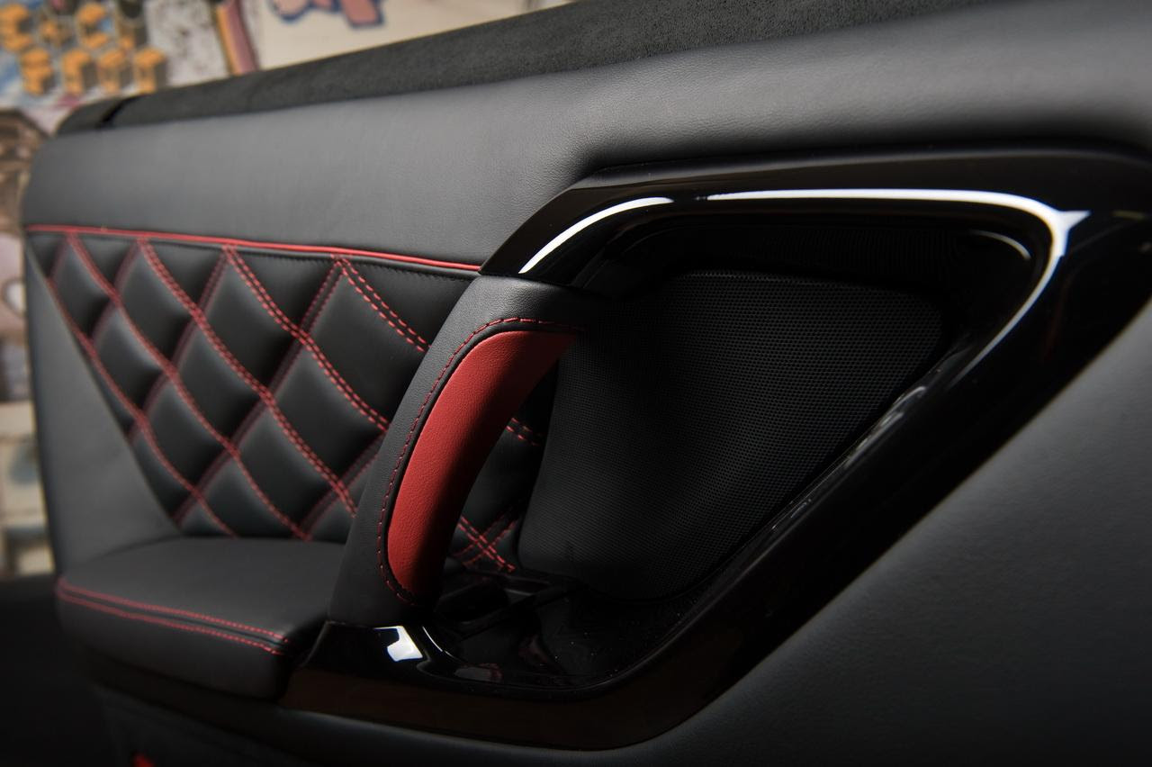 Nissan Tuning: Vilner Customises GT-R Interior