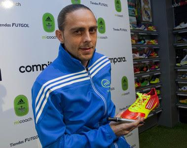 Sergió García firmó sus Adidas