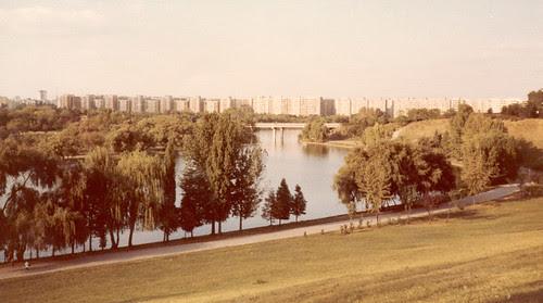 Parcul Tineretului looking north
