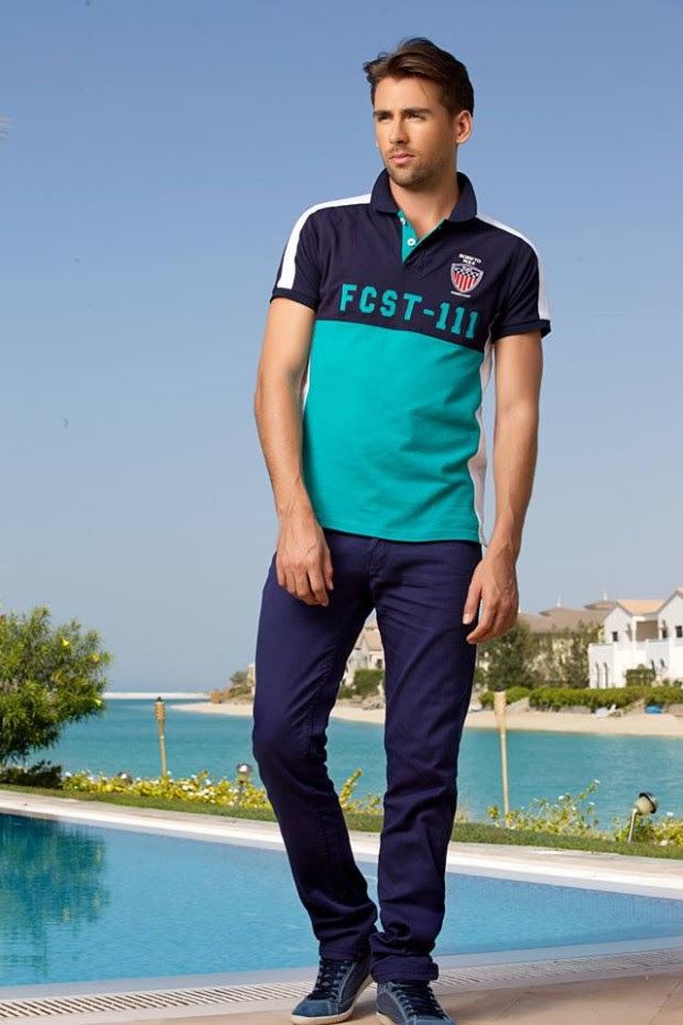 Forecast-Look-Book-Summer-Men-Outfits-2013-Fahion-of-T-Shirts-and-Pants-for-Boys-7