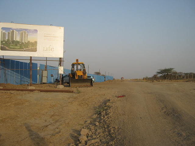 Road to Punawale - 7th Avenue - Premium Residences - Life Republic - Hinjewadi Marunji - on 22nd February 2012 - World Thinking Day
