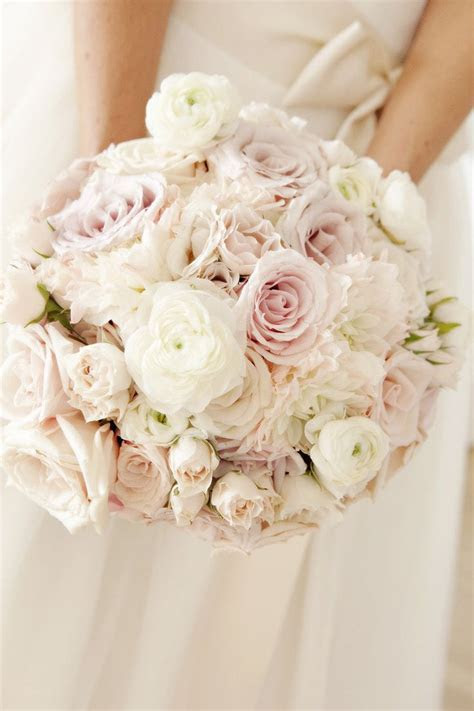 Best 25  Pink rose bouquet ideas on Pinterest   Simple