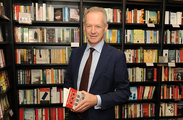 New chapter: Waterstones boss James Daunt says buyers want both books and ebooks