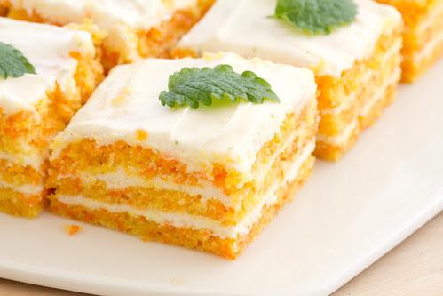 Carrot and cream cheese cake / Porgandi-toorjuustukook