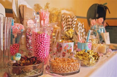 How to Make this Turquoise, Gold and Pink Candy Bar