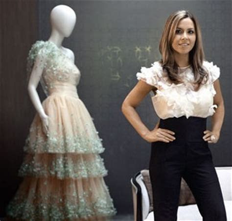How Monique Lhuillier Wedding Dresses Woos Brides and