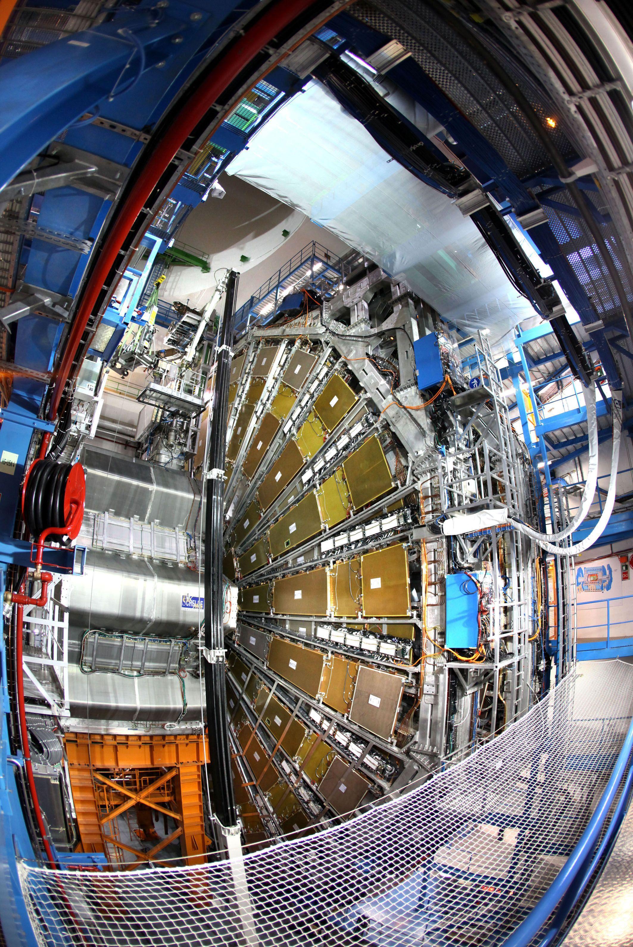 L'accelaratore di particelle Lhc, Large Hadron Collider, al Cern di Ginevra