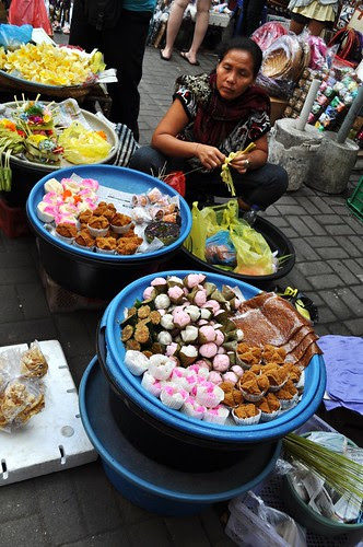 ubud market scene 6