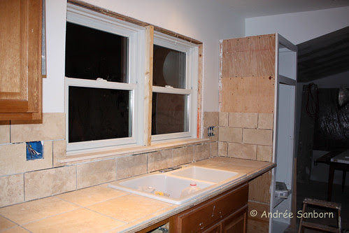 Laying counter top tiles (22 of 33).jpg