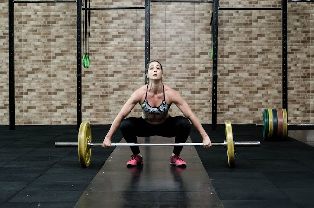 STRENGTH TRAINING AND ITS BENEFITS :