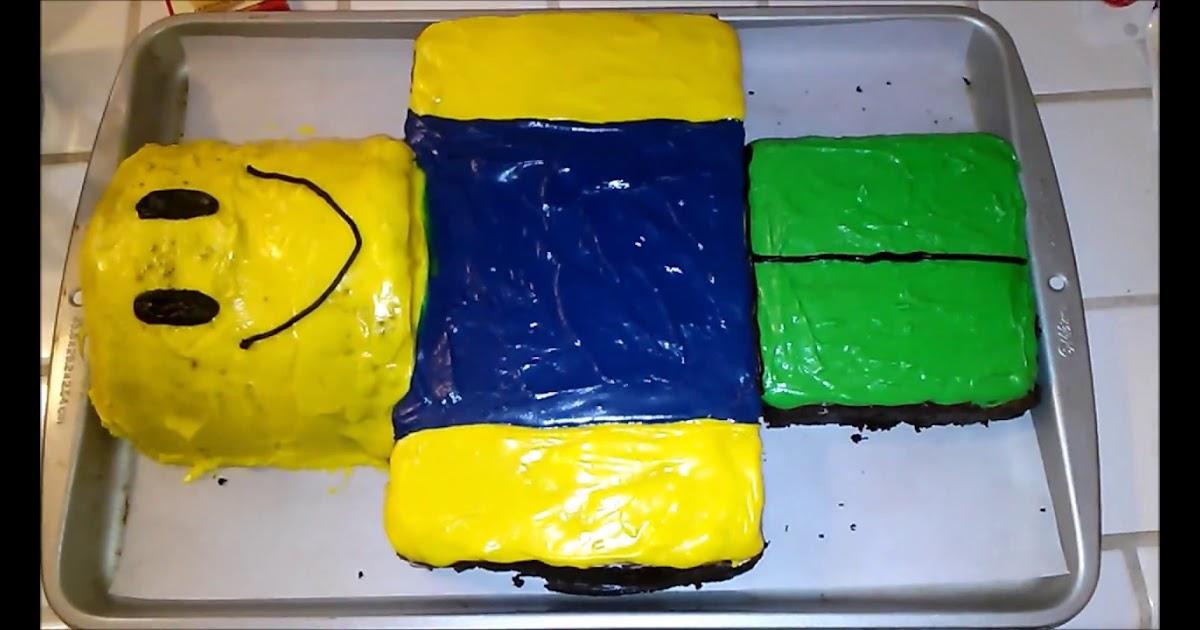 https://robux.codes Roblox Noob Birthday Cake | robuxz.com