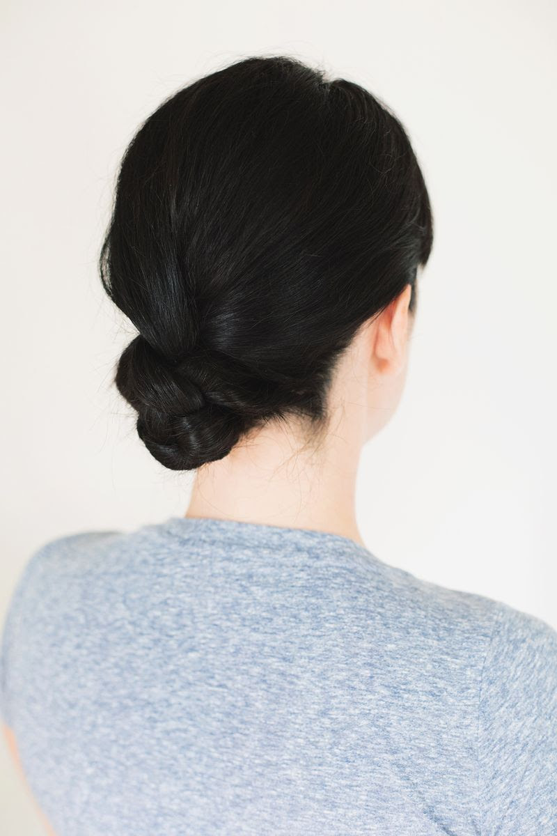 Five-minute braided bun