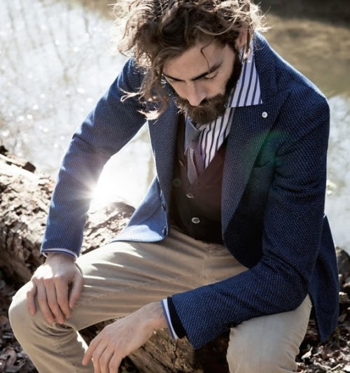 Phong cách smart casual với blazer, waistcoat, shirt, tie, chino rất lịch lãm và thời trang