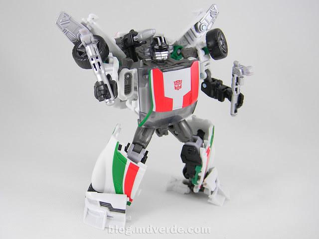Transformers Wheeljack Generations Deluxe - modo robot