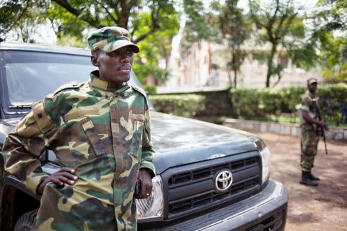 Sultani Makenga, the military commander of the M23 rebel organization, traveled to Uganda to meet regional leaders in order to settle the conflict in the eastern Democratic Republic of Congo. The rebels have taken Goma in North Kivu. by Pan-African News Wire File Photos