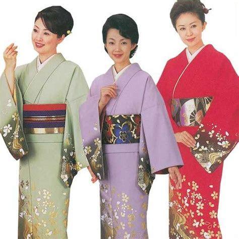Asakusa Kimono Market: Tailoring up Eva «pull cylinders