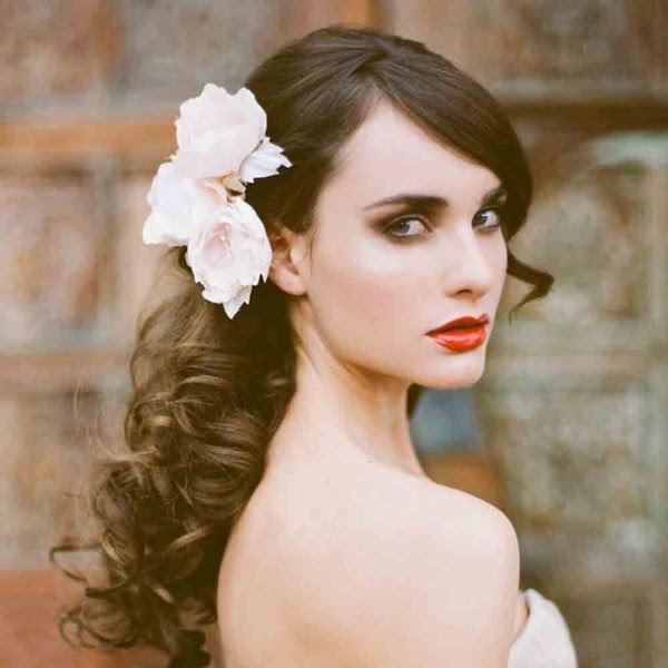 sultry make up - love this whole look  photo #Cake