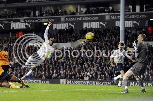 Defoe marcou 5 golos na goleada de 9-1 ao Wigan