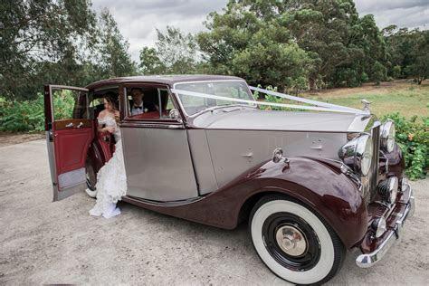 Wedding Transport Melbourne   Triple R Luxury Car Hire