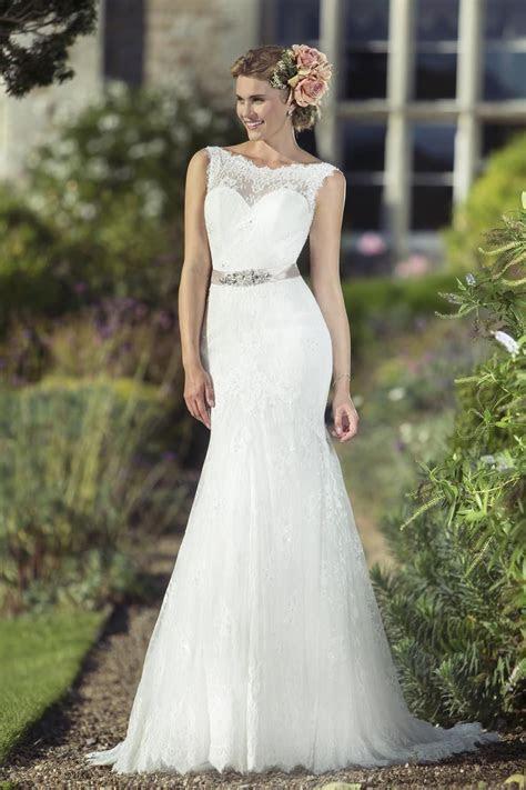 True Bride Sample Sale Wedding Dress   Style W212   Lori G