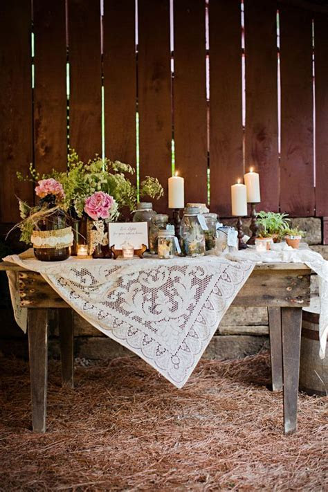 25  best ideas about Gift table on Pinterest   Wedding
