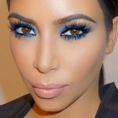 Kim Kardashian Makeup: Blue Eyeshadow & Nude Lipstick ...