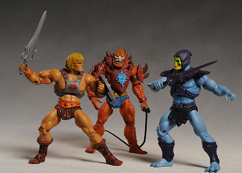 http://www.mwctoys.com/images/review_motuc1_large2.jpg