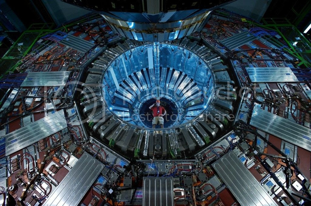 photo hadron-collider-1024x678_zps3buil1fr.jpg