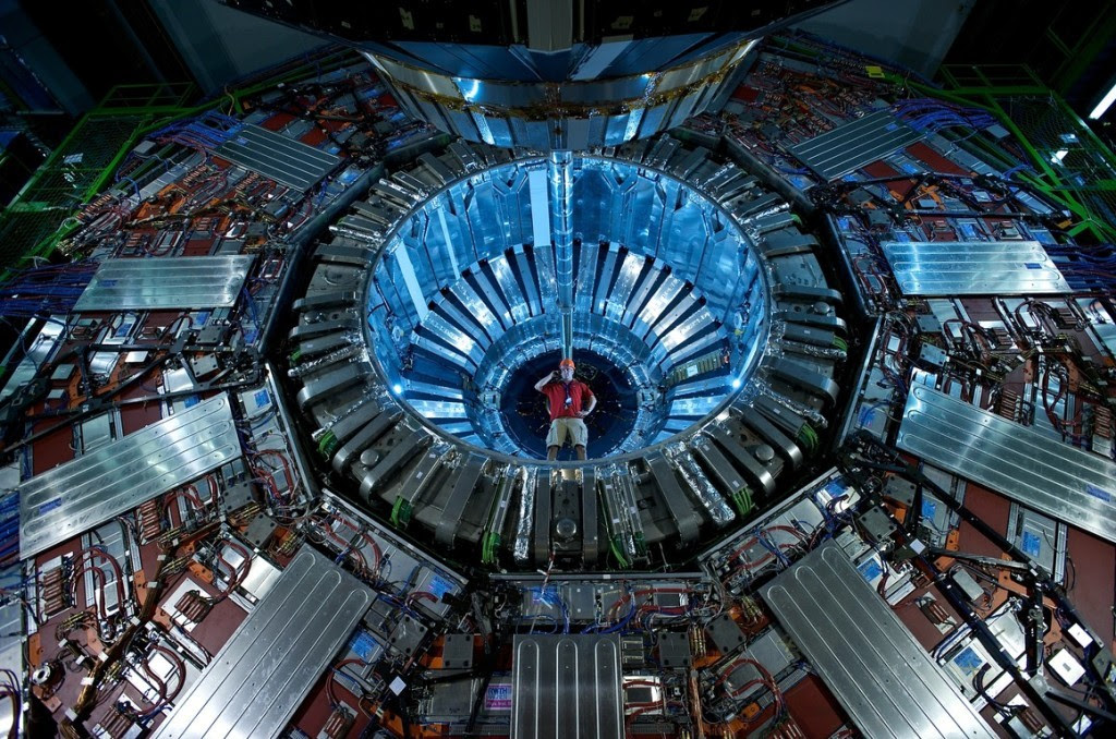 photo hadron-collider-1024x678_zps3buil1fr.jpg
