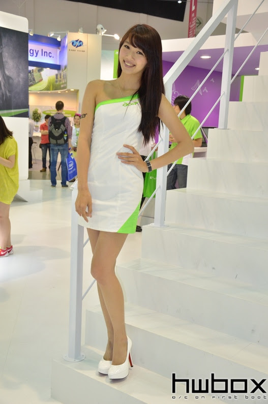Booth Babes Computex 2014 (81)