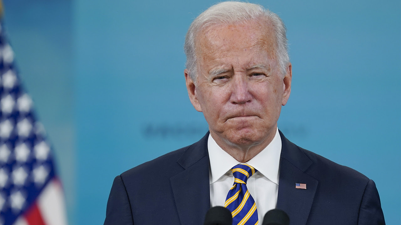 Biden says number of unvaccinated Americans 'unacceptably high,' insists mandates 'working'