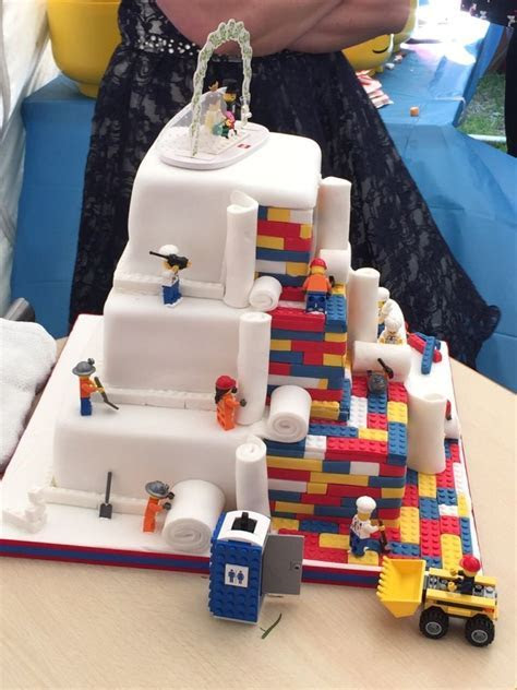 Top 10 most outrageous wedding cakes   32Red Blog