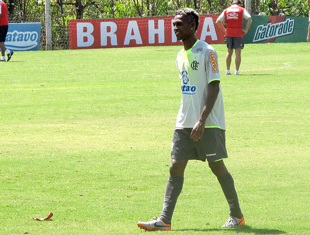 Marquinhos no treino do Flamengo
