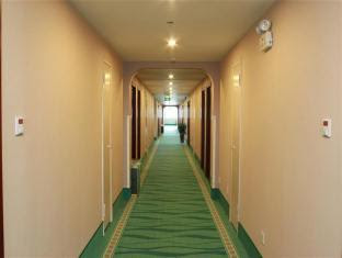 Discount GreenTree Inn Changshu Aotelaisi Business Hotel