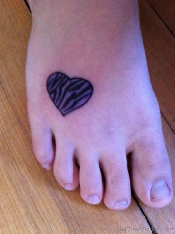 73 Lovely Heart Tattoos On Foot