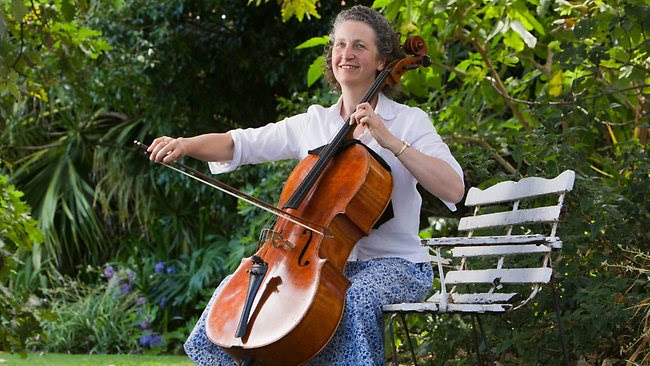 Rosy Hunt and cello