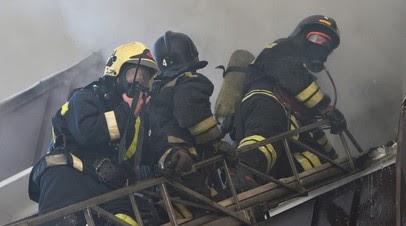 В Пензе загорелся ангар на площади 3500 квадратных метров