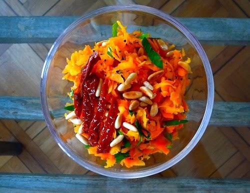yeux friands et bouche b e recette ayurv dique la picoti picota salade de carottes aux. Black Bedroom Furniture Sets. Home Design Ideas