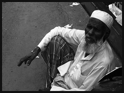 Garibi Hatao.. Garib Ko Bhagao by firoze shakir photographerno1