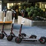 לעיריית תל אביב נמאס מקורקינטים ואופניים זרוקים ברחובות - ynet ידיעות אחרונות