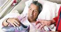 Turkish diva Muzeyyen Senar in hospital after stroke, holding on to Tarkan's gift