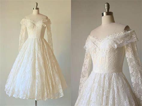 Vintage Tea Length Lace Wedding Dress / 1950s 50s Tea