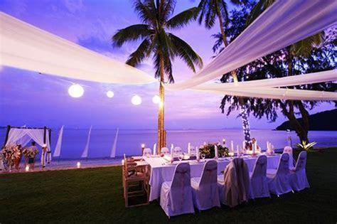 1000  ideas about Sunset Beach Weddings on Pinterest